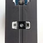 Foto von der Fußplatte der Bosch GST 18 V-LI B Akku Stichsäge von unten
