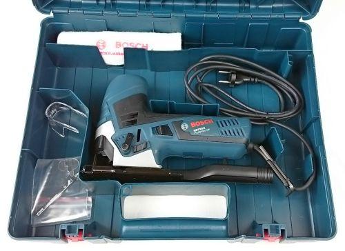 Foto vom Lieferumfang der Bosch GST 90 E Professional Stichsäge