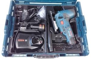 Foto vom Lieferumfang der Bosch GST 12V 70